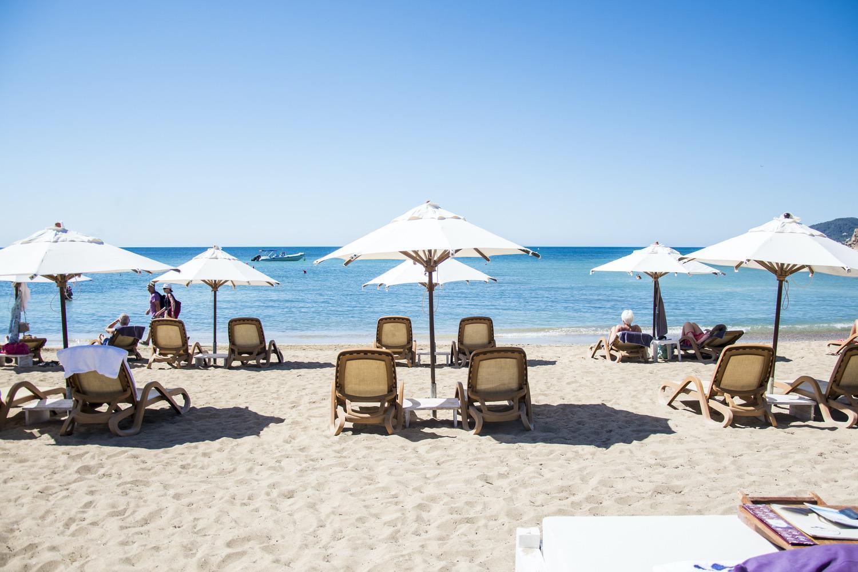 The Beach - Pura Vida Ibiza